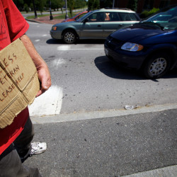 Judge rules Portland ordinance banning panhandlers, others from median strips is unconstitutional