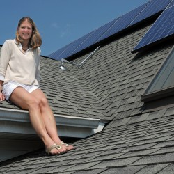 Portland residents promote solar power 'farming'