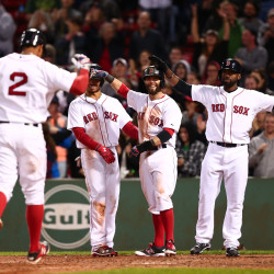 Ex-Sox Ross beats up Boston, lifts Arizona to 7-6 victory