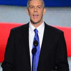 Secretary Jewell, Secretary Duncan to visit Indian school in Perry
