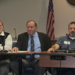 Trekkers hosts community meeting for 7th grade program