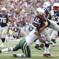 Jets stun Pats in OT after penalty gives NY a second chance