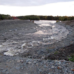 Worries aired at river plan hearing