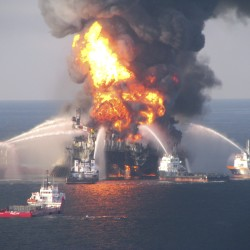 BP 'grossly negligent' in 2010 US spill, could be fined nearly $18 billion