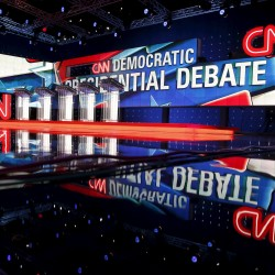 Clinton, Sanders dominate Democrats' first go on debate stage