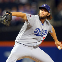 Dodgers' Kershaw easily wins NL Cy Young
