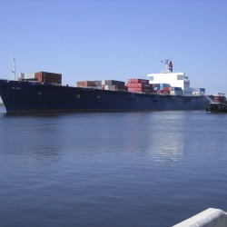 Deal reached to avert U.S. port strike for now