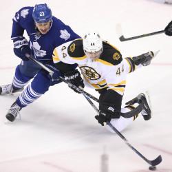 Bruins' balance sinks Maple Leafs