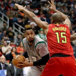Teague, Korver spark Hawks past Celtics