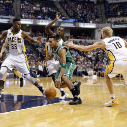 George's late surge propels Pacers by Celtics