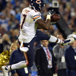 Manning rallies Broncos by Chargers with 3 TD passes