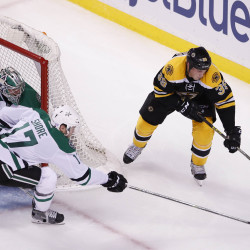 Eriksson, Ryder lead Stars past Bruins 4-2