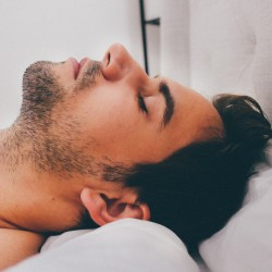Lack of sleep may contribute to weight gain