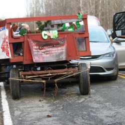 Palmyra pair use wagon to bring message of hope