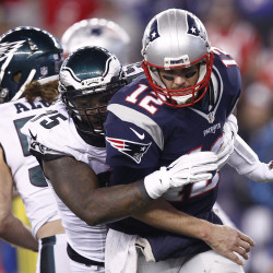 Passing games on target as Patriots outscore Eagles 42-35