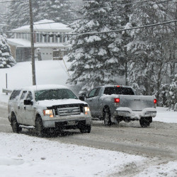Ice storm in Maine cancels school for many, delays for others