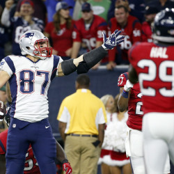 Brady powers Pats past Texas; Ravens up next in AFC title game