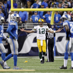 Packers beat Lions 27-15 to improve to 11-0
