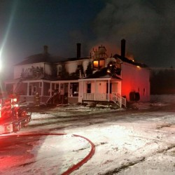 Investigator looking for cause of Presque Isle fire that left 10 homeless
