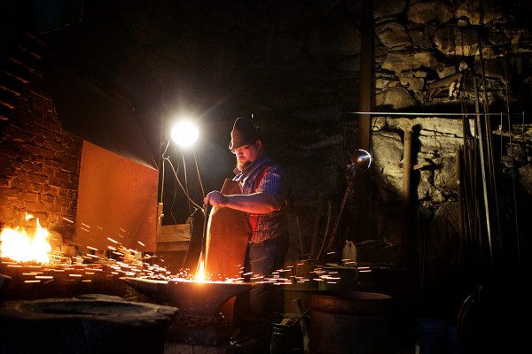 Maine blacksmith still carries torch for timeless craft