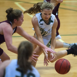Strong first half propels Bates women basketball team by Husson