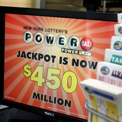 2 Powerball tickets from Arizona, Missouri share record $588M prize