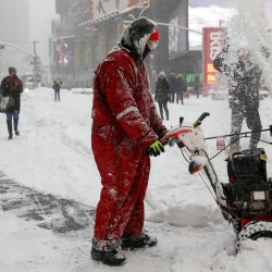 Heavy storm brings snow, disruption to Northeast