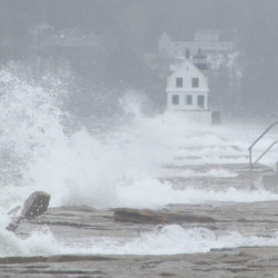 High winds knock out power to thousands in Maine