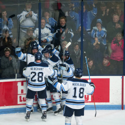 UMaine hockey stuns Boston College with 2nd straight win