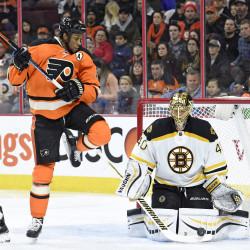 Flyers' Mason shuts down Bruins
