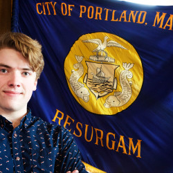 Support builds to adopt new city flag in Portland