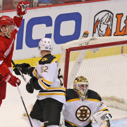 Former UMaine star returns to Red Wings, scores 2 goals in victory