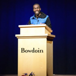 Bowdoin student wins Google journalism scholarship
