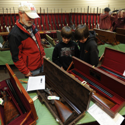 Enthusiasts should draw bead on Colt gun auction