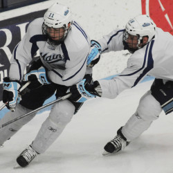 UMaine goalie Ouellette, Black Bears not concerned about recent defensive lapse