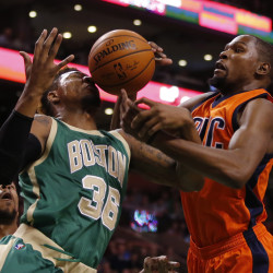 Pierce leads Celtics to win over Thunder