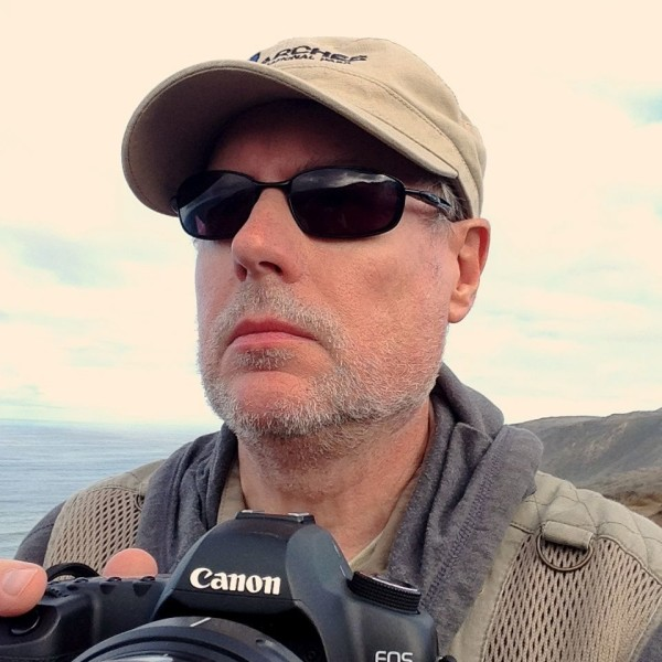 Nature photographer Dan Zukowski will showcase conservation success stories at L.L. Bean in Freeport on Earth Day.
