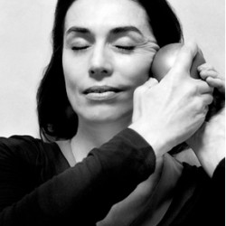 You can see and feel the difference in your face by actively stimulating bones, muscle and skin.