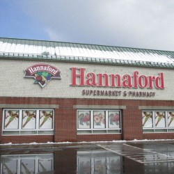 Hannaford issues allergy alert; two bakery cookies may contain nuts