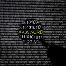 Hackers breach HealthCare.gov server, upload malware