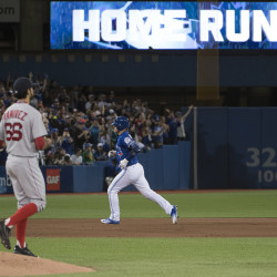 Jays use home runs, Happ to beat Red Sox
