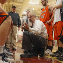 Veteran coach Blood returning to Brewer boys basketball post