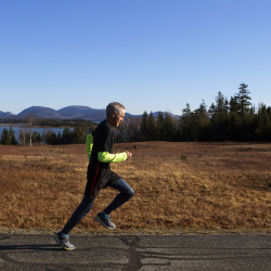 Parkinson's disease no hurdle for Maine distance runner