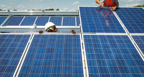 Maine city reaches deal to establish New England's largest solar farm