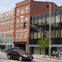 Bangor's population continued to drop in 2015, according to newly released estimates that show growth across the largest southern Maine communities and in Waterville last year.