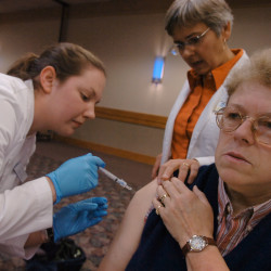 NH allows pharmacists to give more vaccinations
