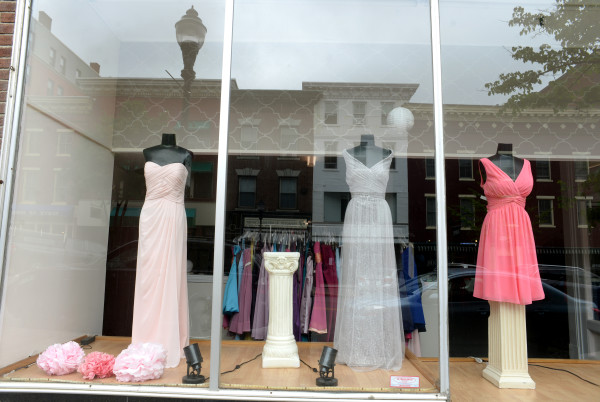 Sudden closing of bangor bridal shop upsets wedding plans bangor linda coan okresik bdn junglespirit Choice Image
