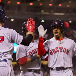 Ellsbury, Middlebrooks pace Sox past Giants