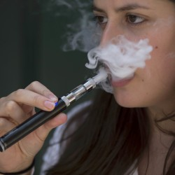 Maine joins 40 other states to push for regulation of e-cigarettes