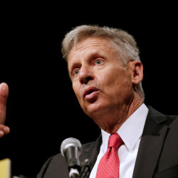 Libertarian Party presidential candidate Gary Johnson gives acceptance speech during National Convention in Orlando, Florida, May 29, 2016.